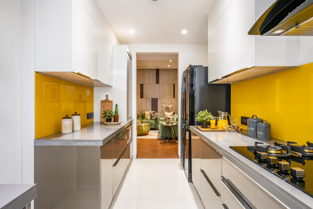 The Vibrant Luxe Abode 4