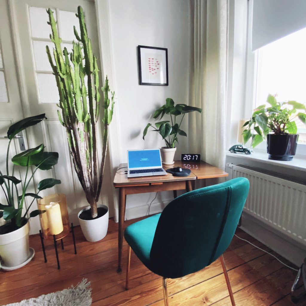 5 tips to create an Instagram-worthy WFH space 2