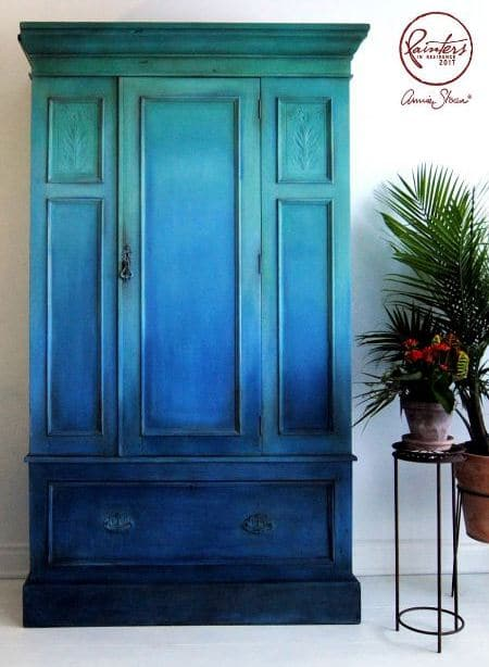 Blue-Ombre-Wardrobe