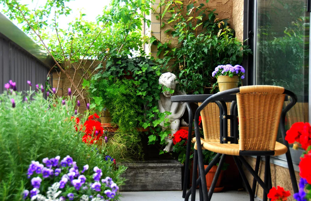 5 basic tips to refresh your balcony 5